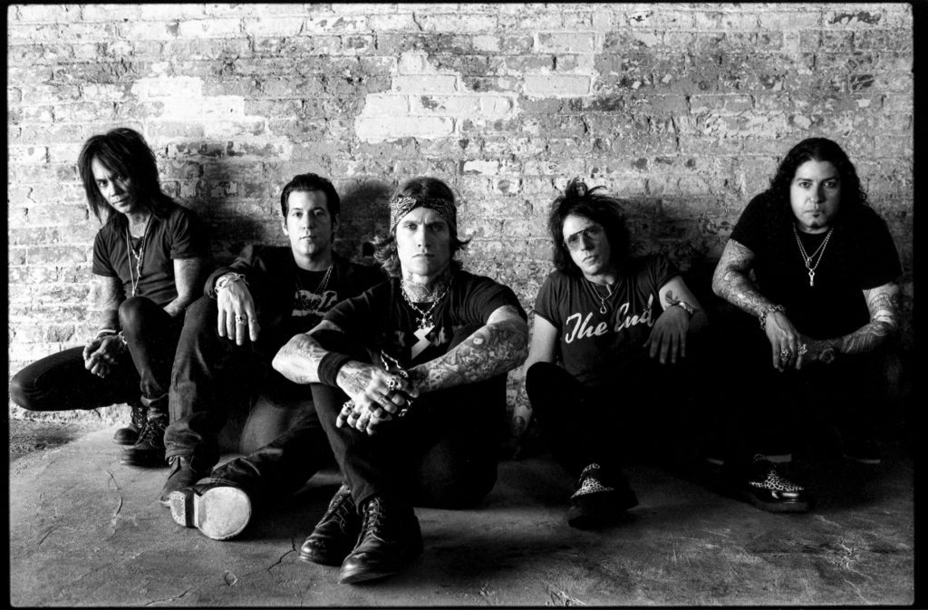 buckcherry-bw