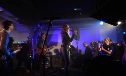 DANIELA BROOKER  Live At Beat