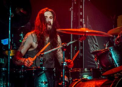 Karl Selickis on drums
