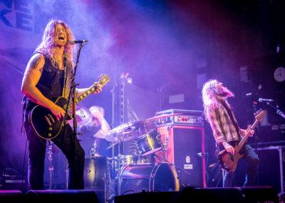 Jared James Nichols & band on stage
